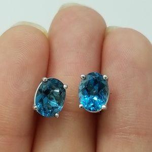 14k white gold blue topaz stud earrings